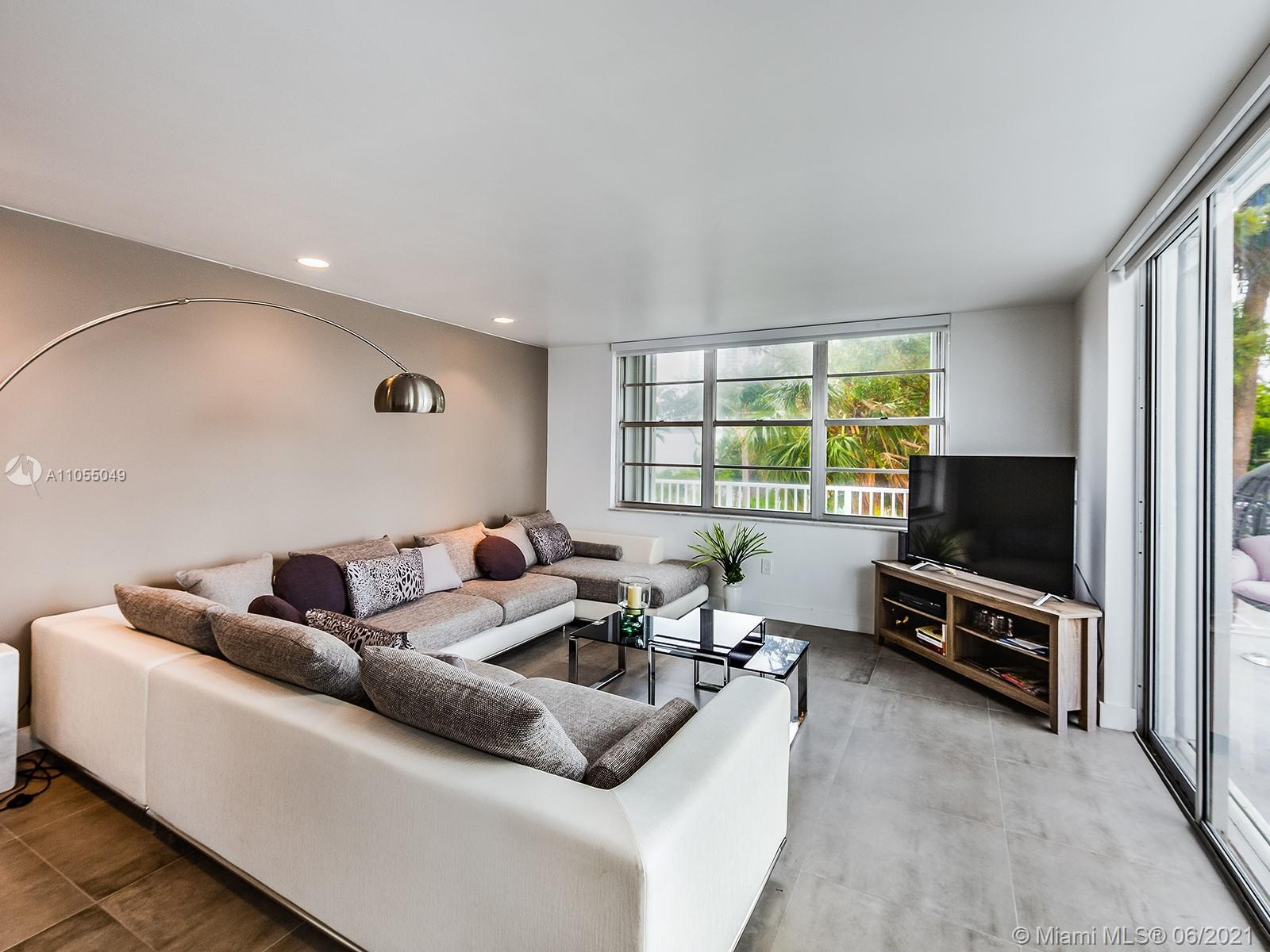 CASH ONLY!!! Great for investors. 2bed/2bath + Den with spectacular bay view, spacious and modern co