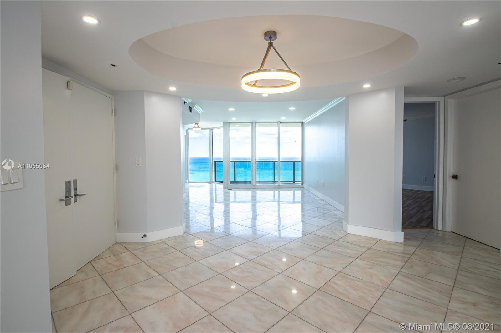 TWO STORY PENTHOUSE WITH 360 DEGREES VIEWS OF DIRECT OCEAN AND INTERCOASTAL WATERWAYS. UNIT FEATURES
