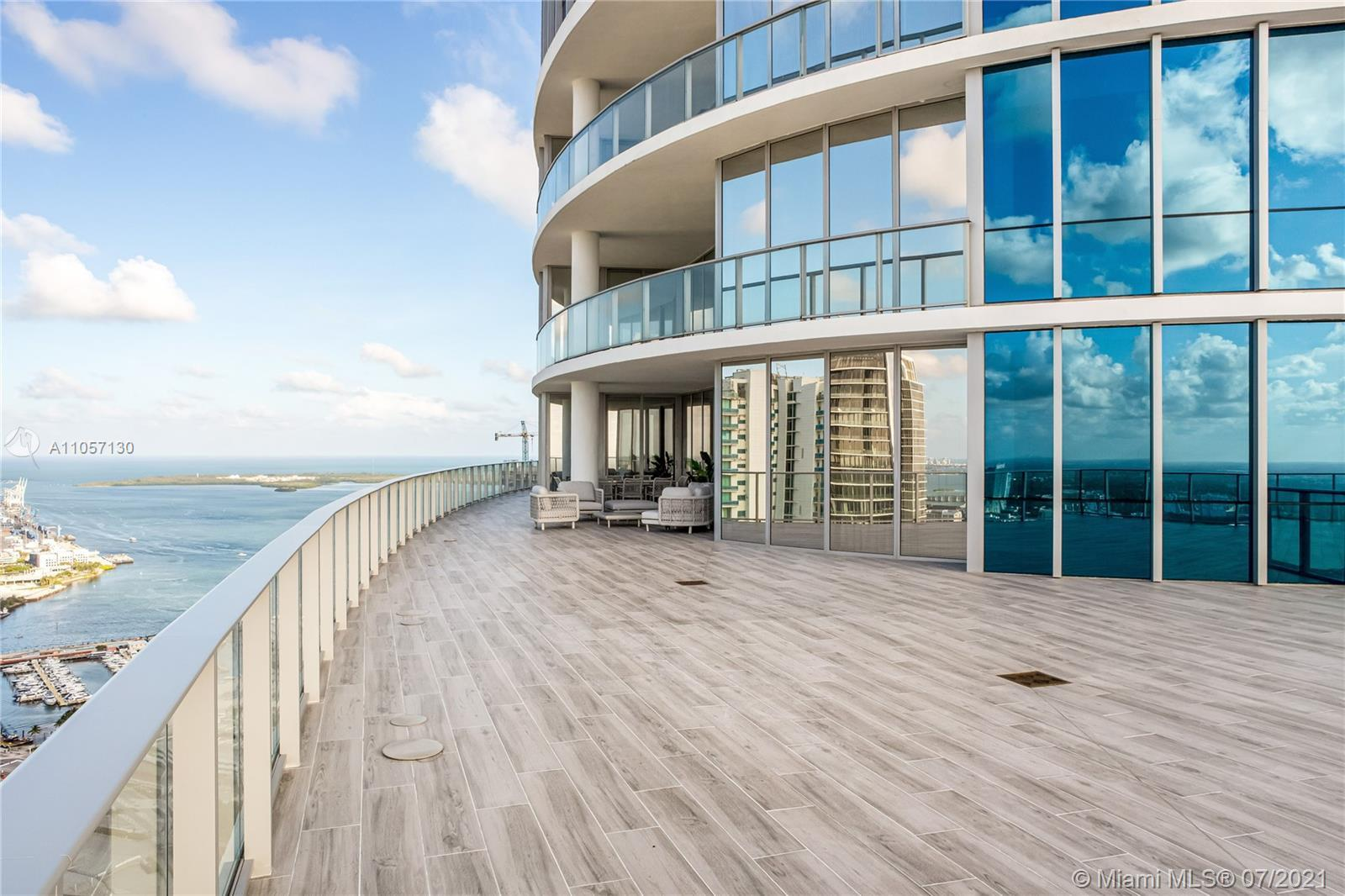 Stunning Penthouse with 4 Bedrooms plus Den and 5 bathrooms. Fully furnished by famous interior desi