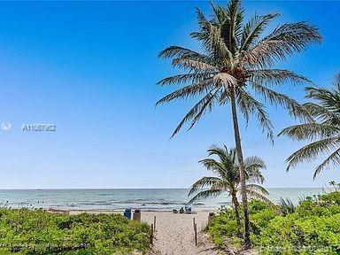 Love the luxury Florida beach life? Then you must see this fully updated, light & bright 3/2.5 ocean