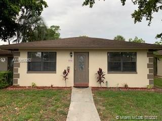 LET ME INTRODUCE  3 BEDROOMS 2 FULL BATHS VILLA , COMPLETE REMODELED WITH SPACIOUS OPEN FLOOR PLAN,