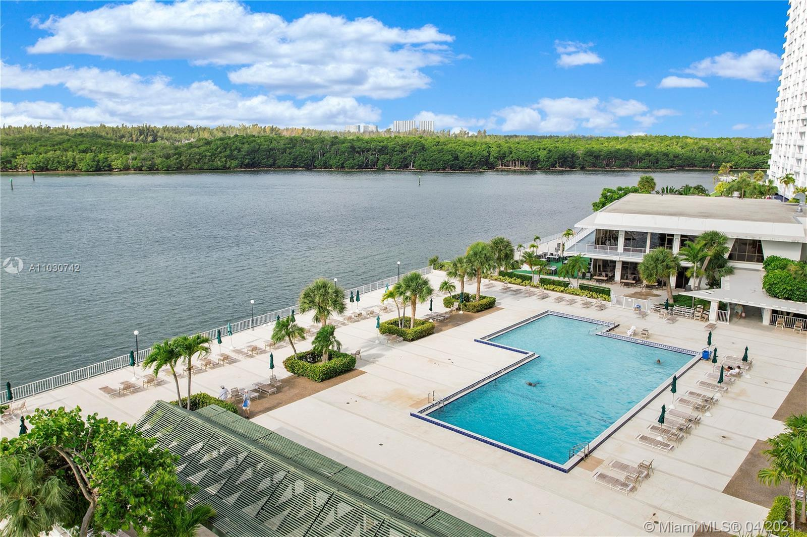 Affordable luxury, totally remodeled unit. Overlooking Intracoastal waterways from all your windows