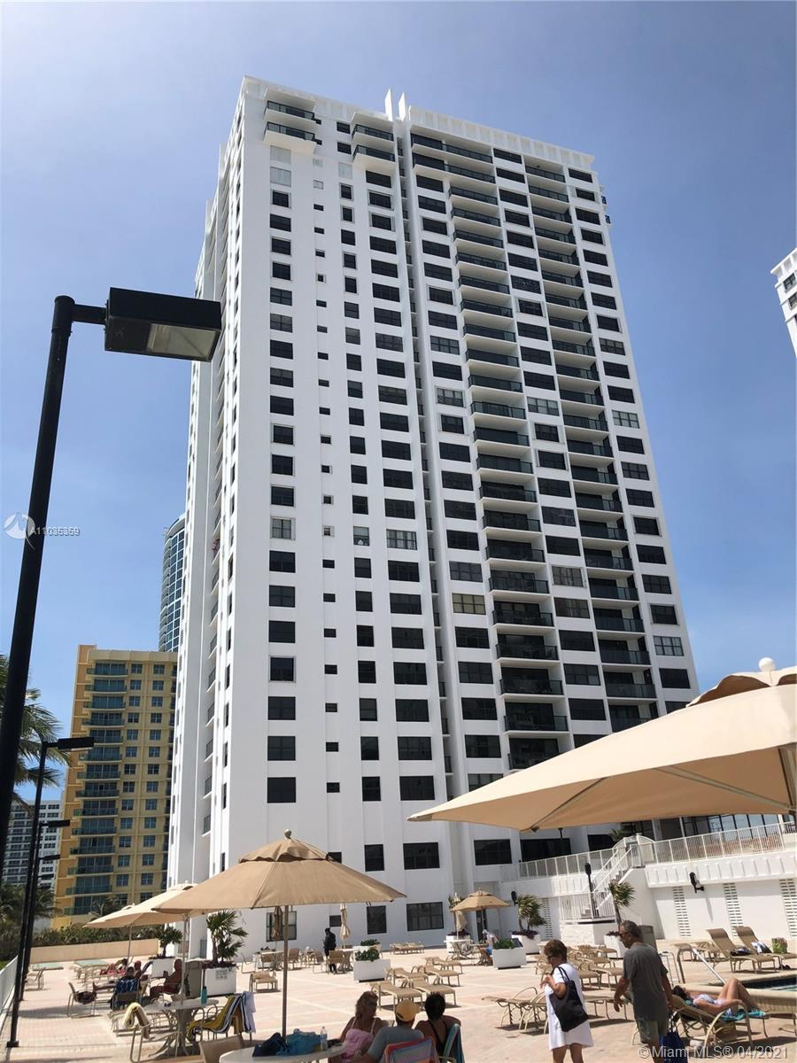Reduced to sell!!Location Location Location! Stunning view 23rd floor Apt looking at the ocean inter