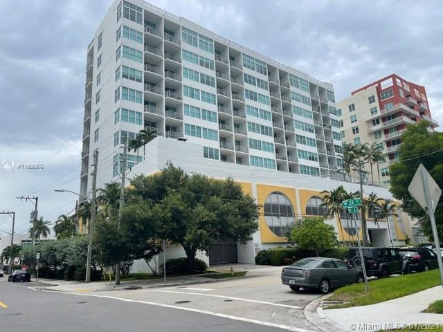 Newer construction yet affordable living in one of Miami's most desirable areas, Edgewater. Dinning,