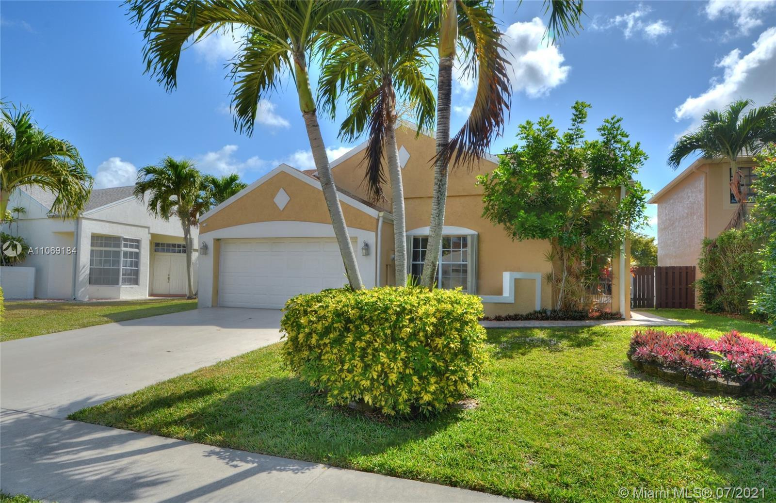 Beautiful, move-in ready lake front home in the heart of Boca. Come see this exquisite, exceptional