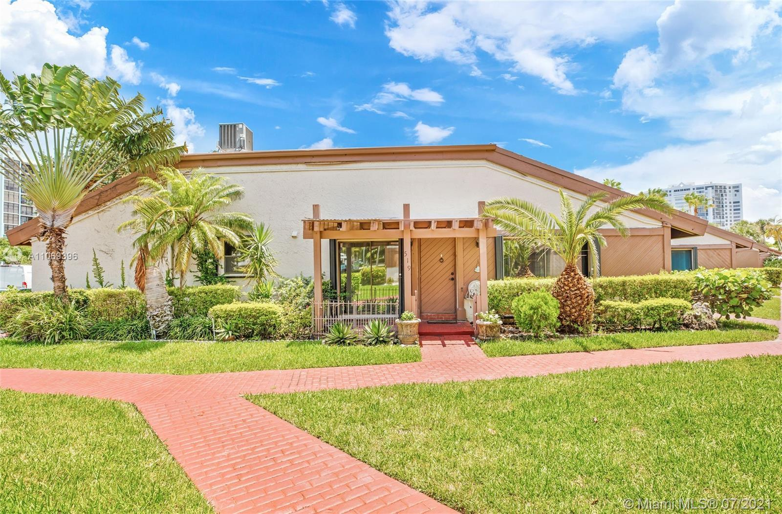 Gorgeous townhouse in one of the most popular and growing areas in Hallandale, minutes from the wate