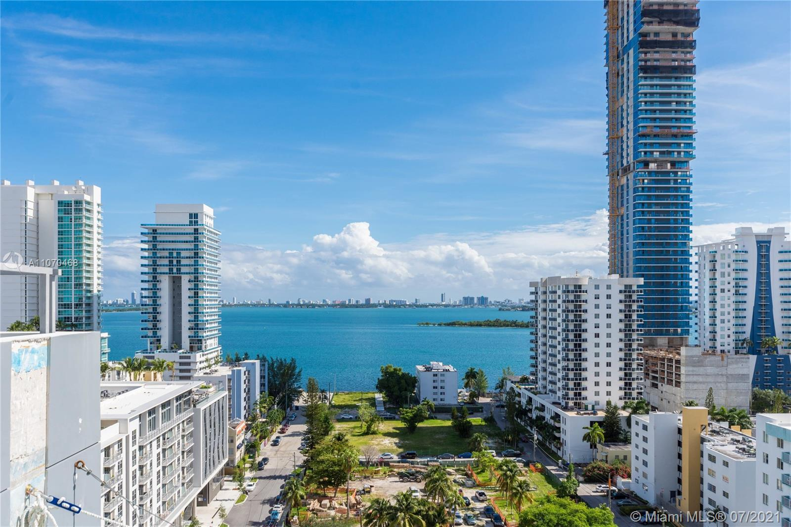 Spectacular corner unit with amazing bay & city views. Very bright & spacious floor plan with 2 beds