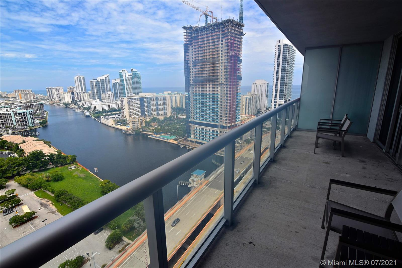SPECTACULAR 2 BEDROOMS 2 BATHROOMS RESIDENCE AT BEACHWALK RESORT BY PININFARINA RIGHT ACROSS THE BEA