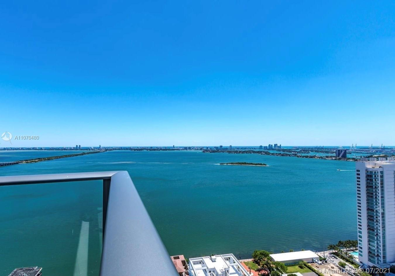 Breathtaking Unobstructed Biscayne Bay views! Desirable building in the heart of Edgewater. 3 Beds/2