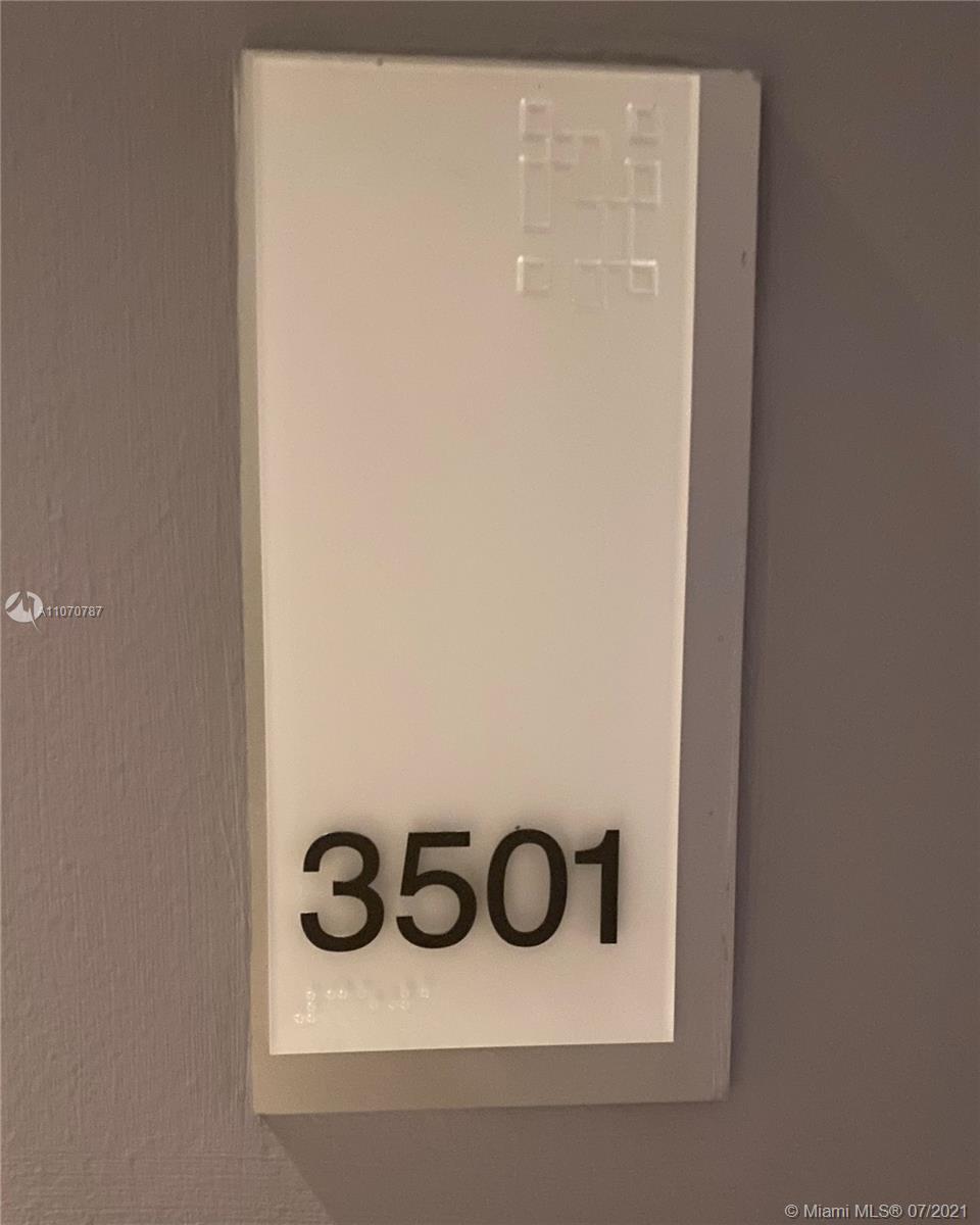 1300 Brickell Bay Dr 3501