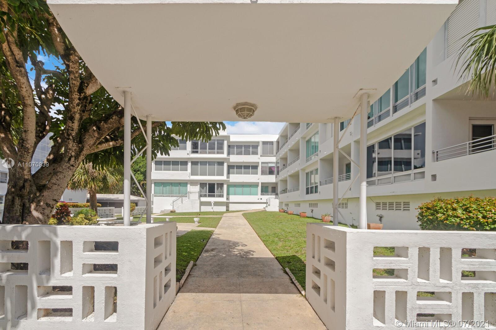 Live on the beach or vacation in this Art Deco boutique gem.  Ideally located steps from the beach &