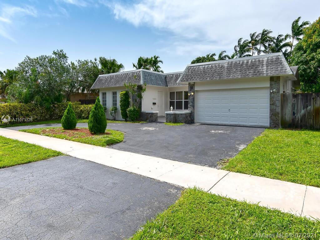 Known as the 50 yard line of South Florida, Hollywood is a fantastic location for everyone! All the