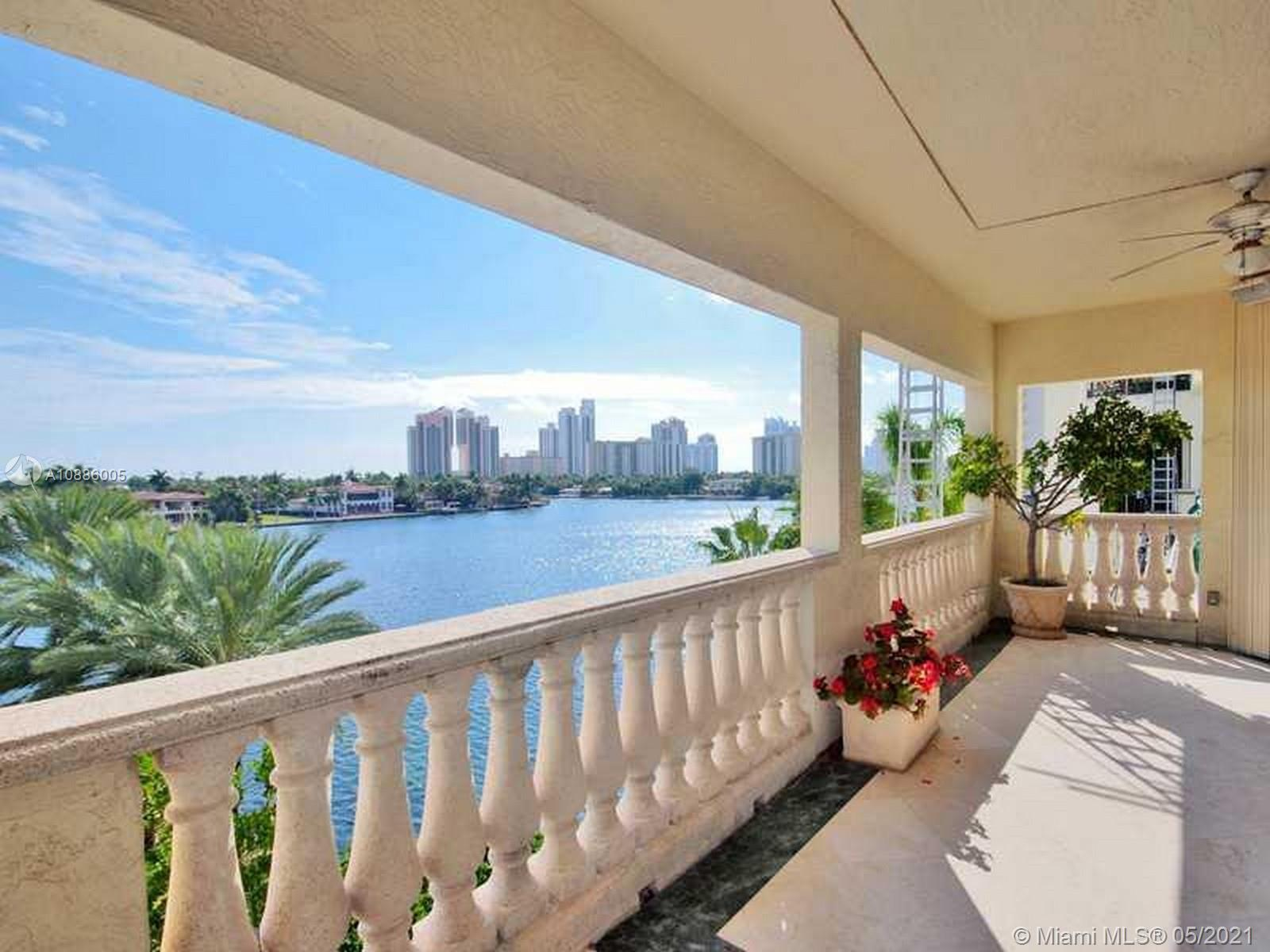 EXTREMELY MOTIVATED SELLER! MUST SELL! MAKE AN OFFER! BEAUTIFUL WATER VIEWS FROM THIS SPACIOUS 3 BED