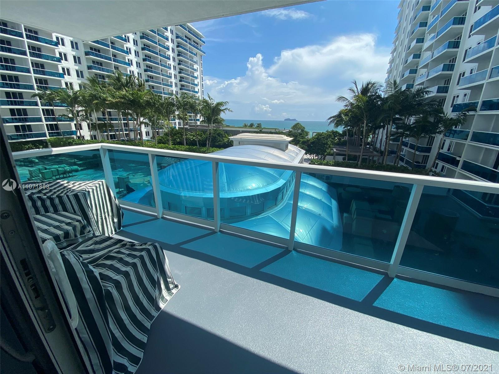 2301 Collins Ave 525