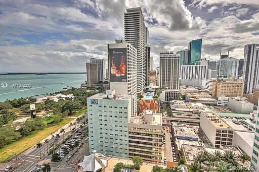Sophisticated one bedroom with ocean views. High floor, most desirable line in the building facing S