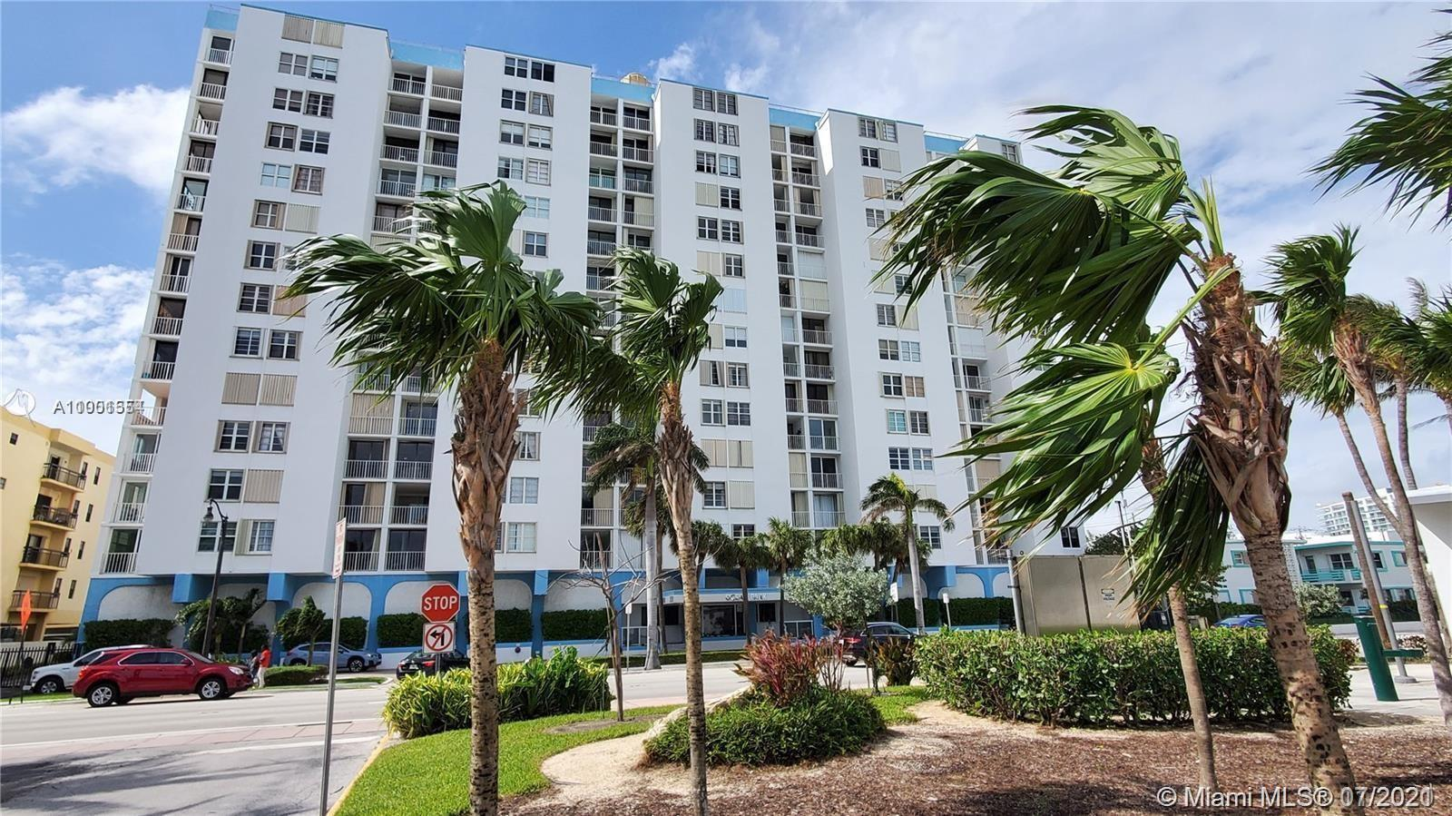 Direct Ocean Views the minute you walk in!! Views from balcony & master suite! Gorgeous & Nicely lai
