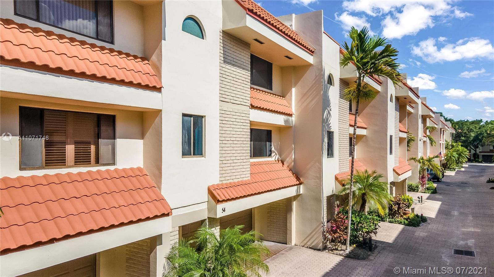 Highly desirable townhouse located in Fort Lauderdale's Victoria Park! Conveniently located by the b