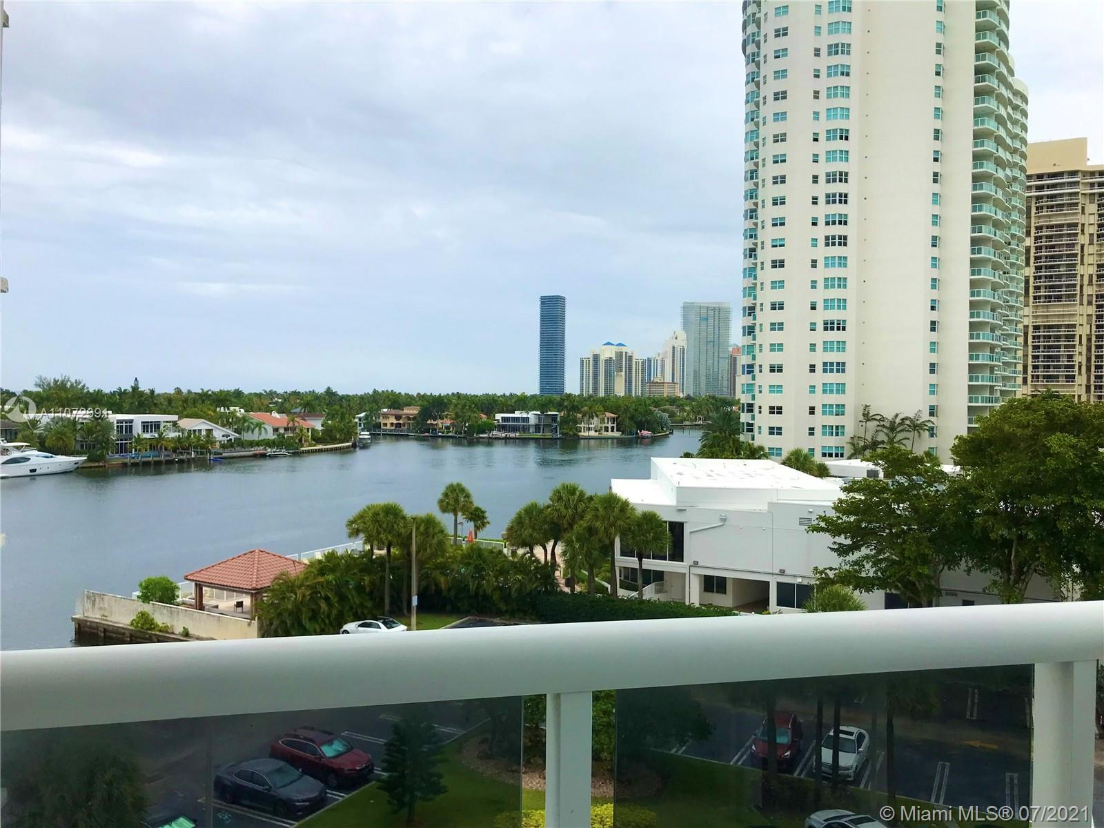 Elegant and tastefully remodeled 2 bed / 2 baths apartment in the heart of Aventura, ready to move i