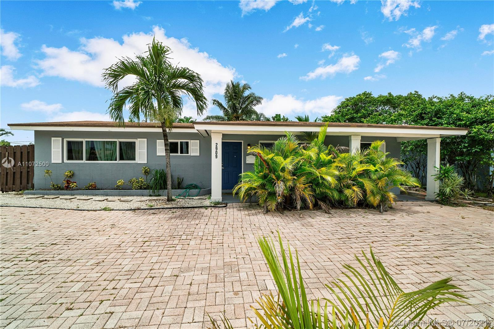 Fully Updated 3 bed 3 bath single-family house. Rare property available in Wilton Manners for sale t