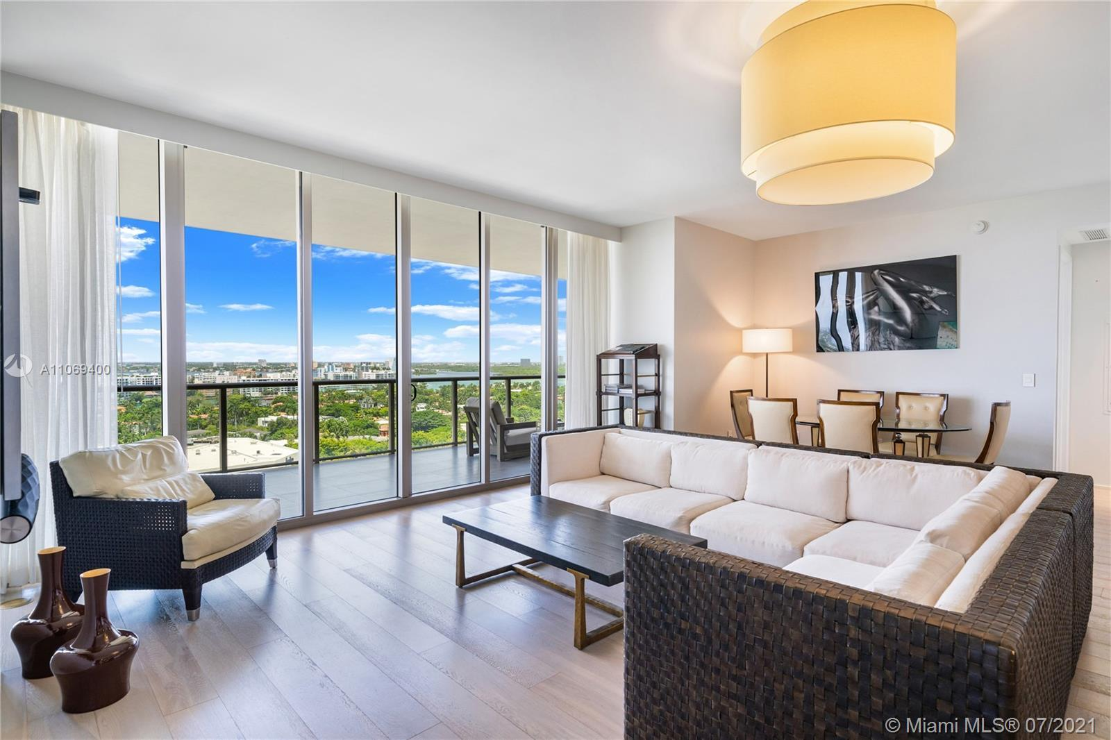 Beautifully finished 2 bedroom, 2 ½ bath residence at the 5 Star St. Regis Bal Harbour Resort.  Offe
