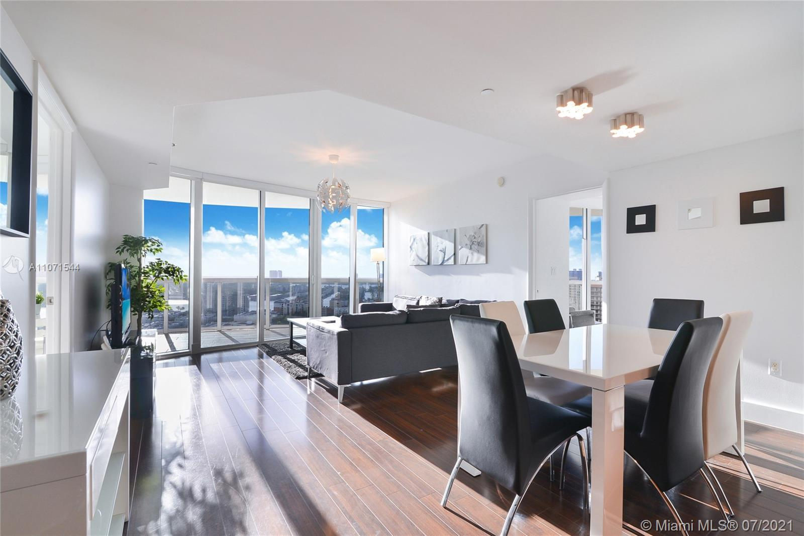 Enclaved on the white sandy beaches of Sunny Isles. Enjoy fabulous Florida sunset views from every r