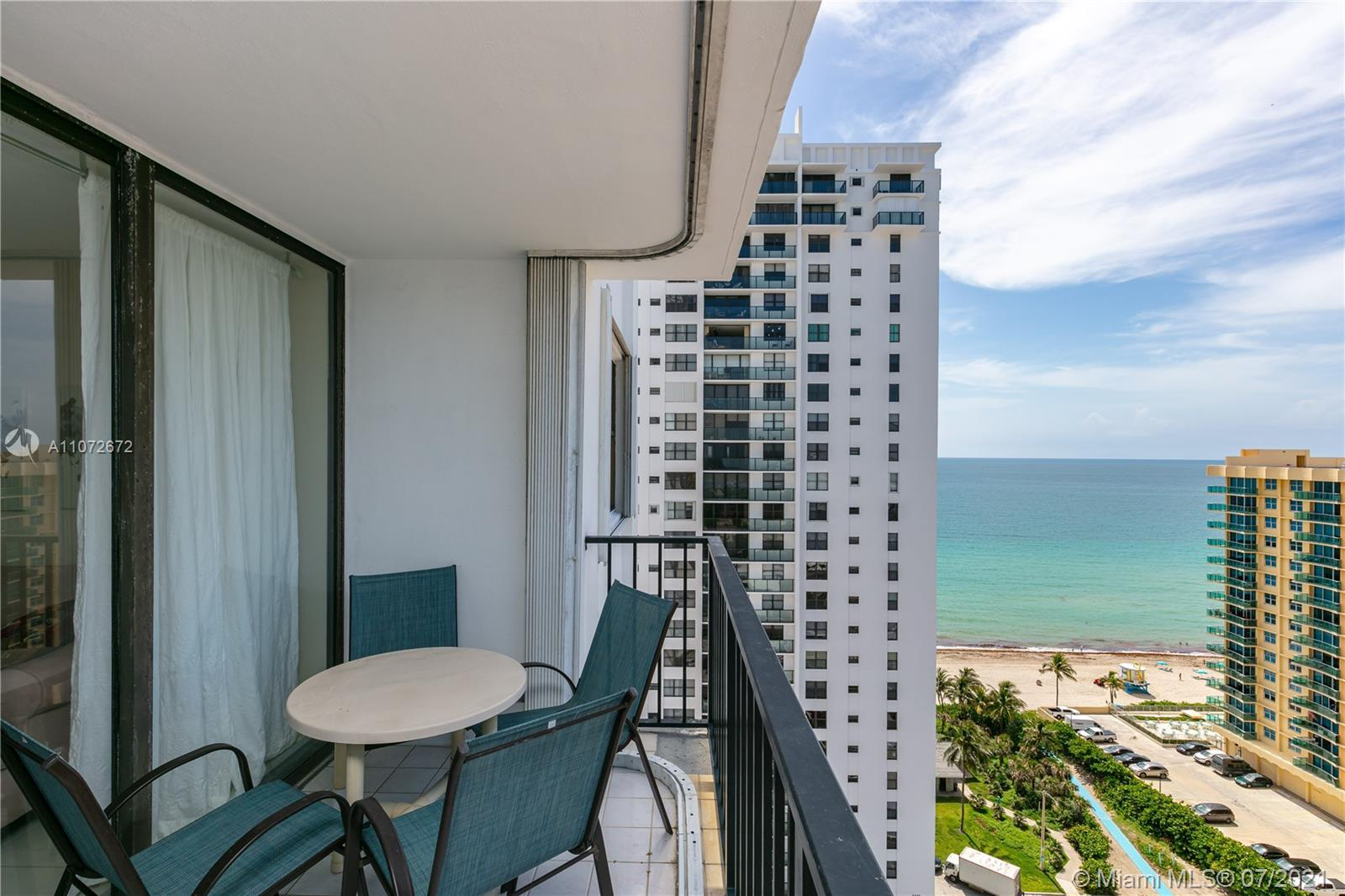 High floor, lovely 2br/2ba with great ocean and Intracoastal views. The complex features the resort