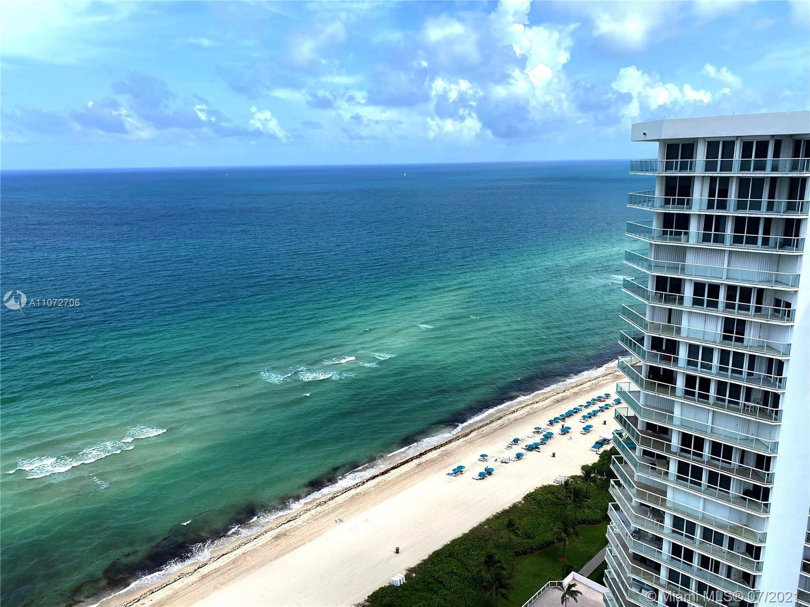 Beautiful extra-large 1Bed/2Bath on the ocean!  Top floor unit with extra high ceilings installed on