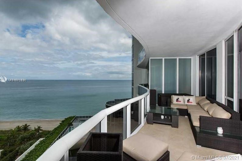 SPECTACULAR OCEAN VIEW UNIT 2 BED, 3 BATHS +DEN, 10'CEILINGS, GOURMET ITALIAN CABINETRY KITCHEN WITH