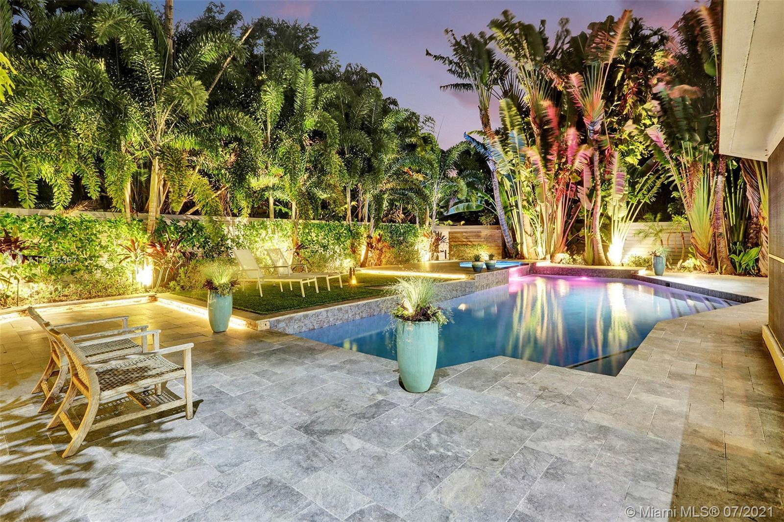 Welcome Home to Your Own Piece of Tropical Florida Paradise! Contemporary Elements, Design & Updates