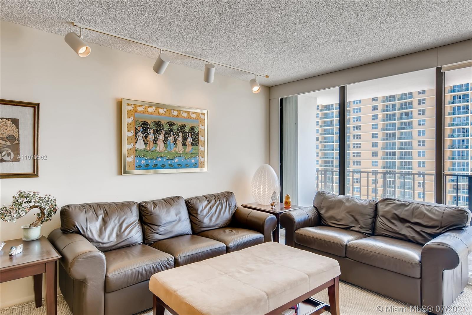 Oceanfront condo with Ocean, Intercoastal and City views. 2 bedroom 2 bath unit. Listen to the Ocean