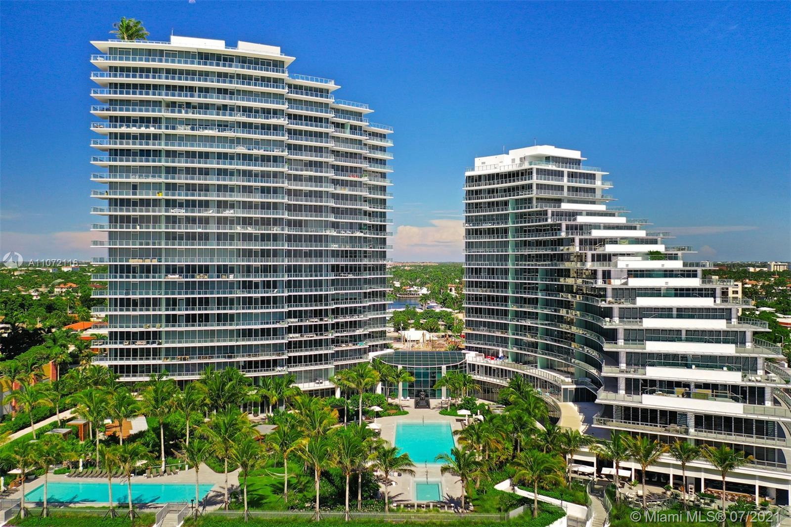 CAPTURING DIRECT PANORAMIC OCEAN VIEWS FROM THE HUGE 936 SQFT TERRACE, THIS RESORT BEACH 1BR/DEN/2 F
