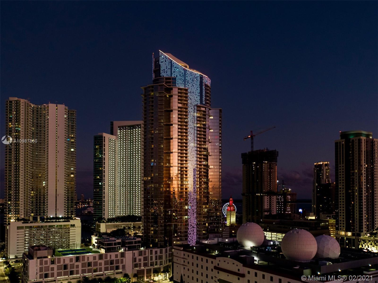 Stacking up against the competition, the recently completed PARAMOUNT Miami Worldcenter, is soaring