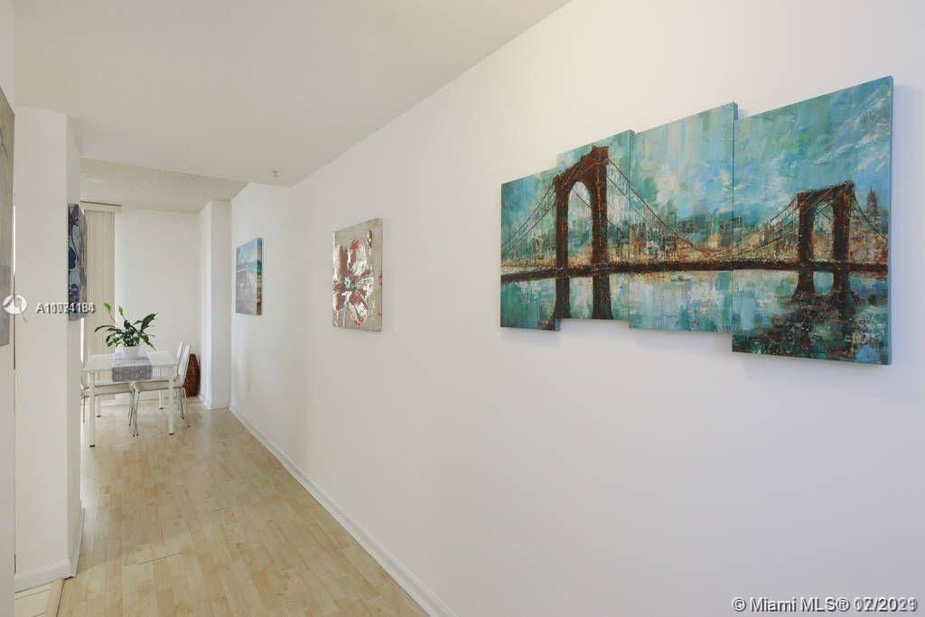 upgraded unit in a great location in Brickell