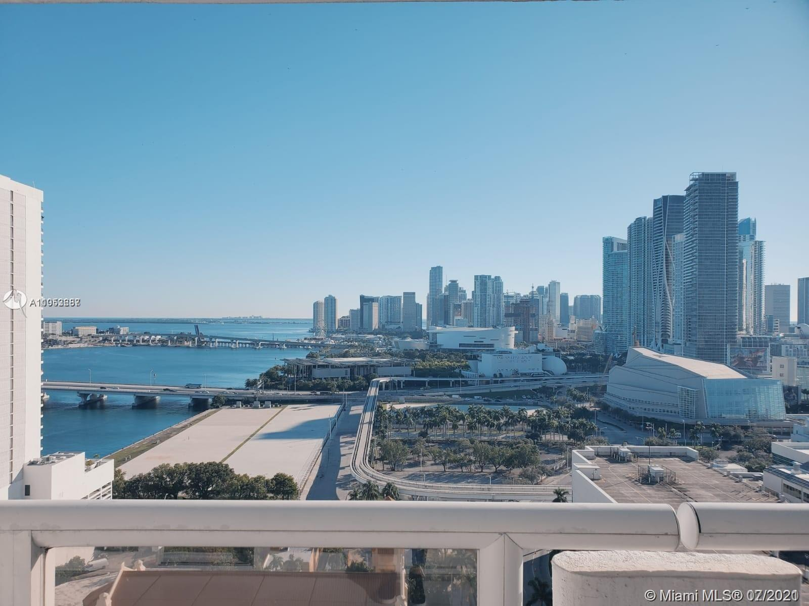 Enjoy the Miami lifestyle and the magnificent views of Biscayne Bay & Downtown Miami from this spaci