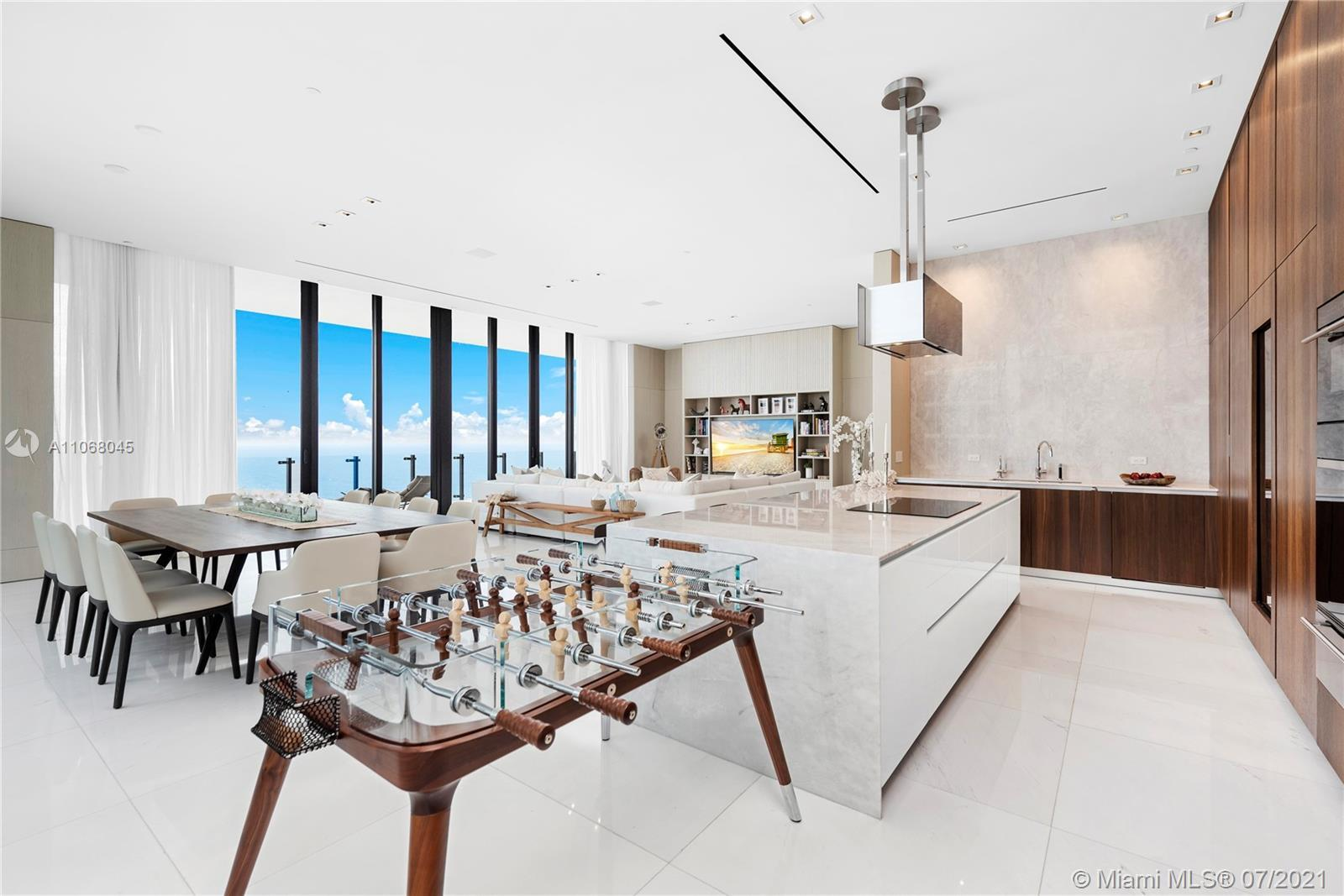 Magnificent opportunity to own your ocean front unit in Muse with 3 beds, 3 baths. Come home to your