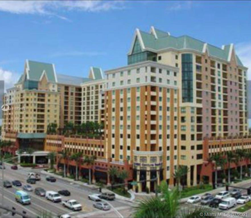 BEAUTIFUL APT 2/2  EXCLUSIVE BUILDING VERY CLOSE TO LAS OLAS BLVD.  EXCELLENT VIEW OF THE CITY.  CER