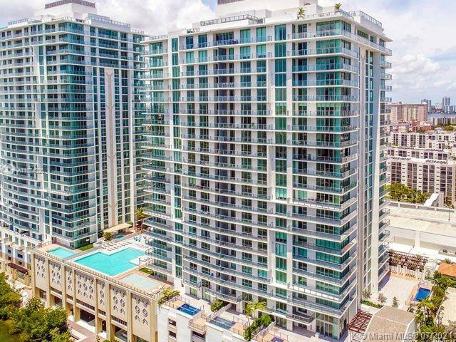 New Luxury Resort in Sunny Isles. About 5 minutes walking to the beach. Large 3 bed room apartment w