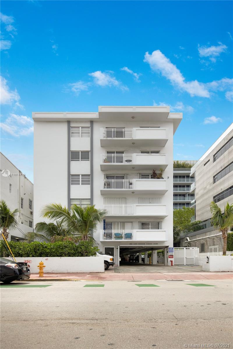 1bdr 1 bath with a lot of potential in the heart of South Beach.  Building is located on the beach.