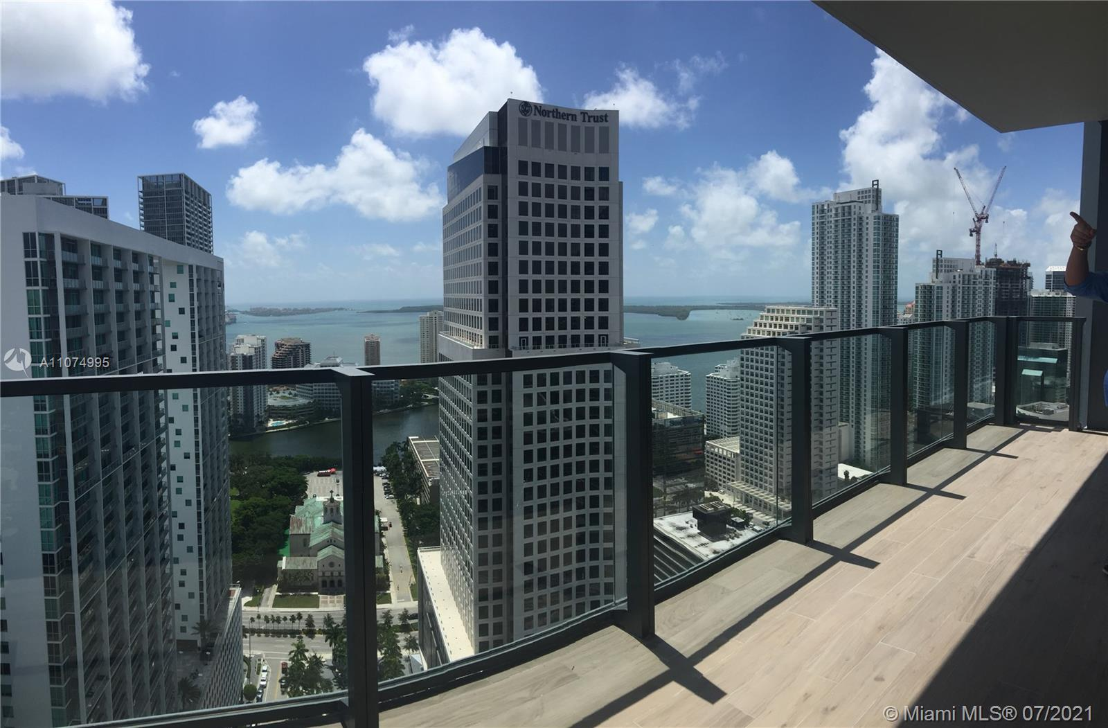 Brickell City Centre is a luxury residential building. This unit is a 2 Bed/ 2.5 Bath Corner Unit w/