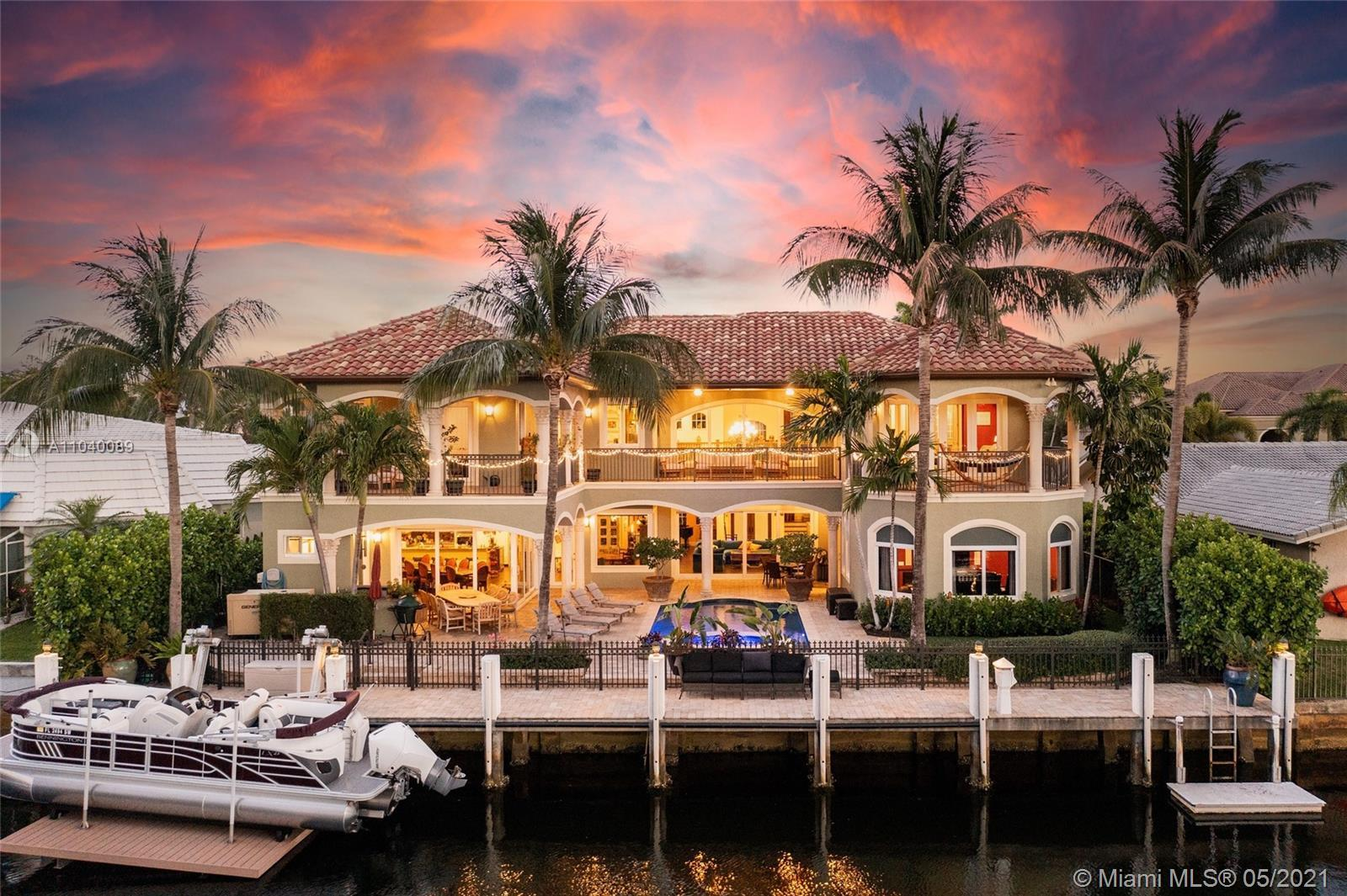 Welcome Home to Your Palatial Waterfront Estate in sought after, The Landings. Enjoy 85' on a 140' w