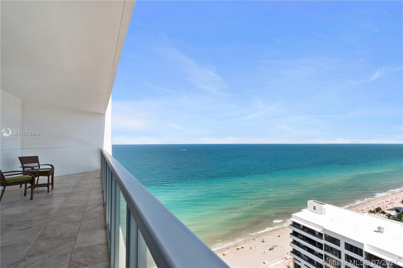 PRIME OCEANFRONT LOCATION WITH WATERVIEWS FROM EVERYROOM. TWO BALCONIES FOR NORTHERN & SOUTHERN EXPO