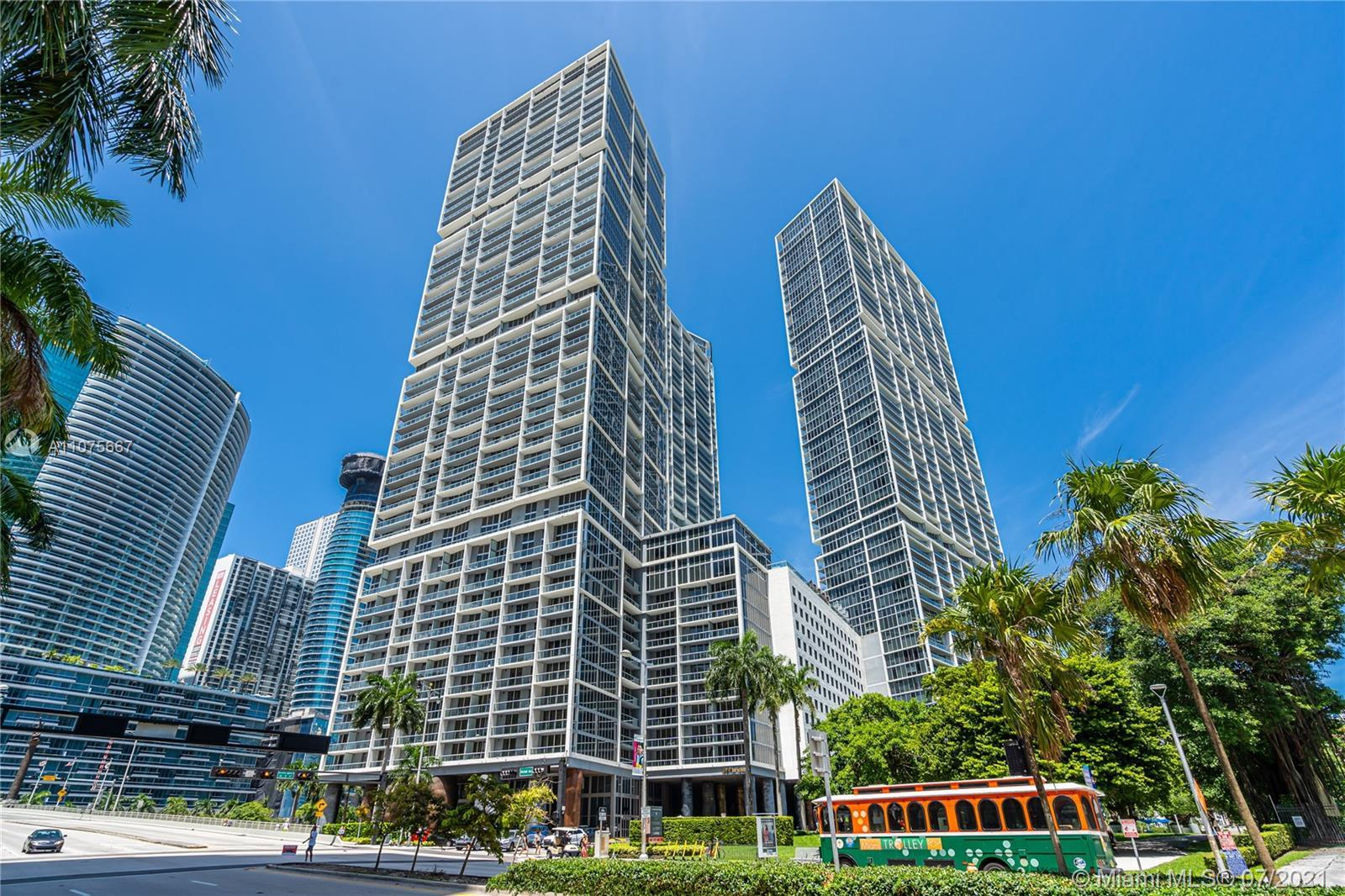 Two-bedroom two-bath. Live in the heart of Brickell walking distance to all restaurant and more... B
