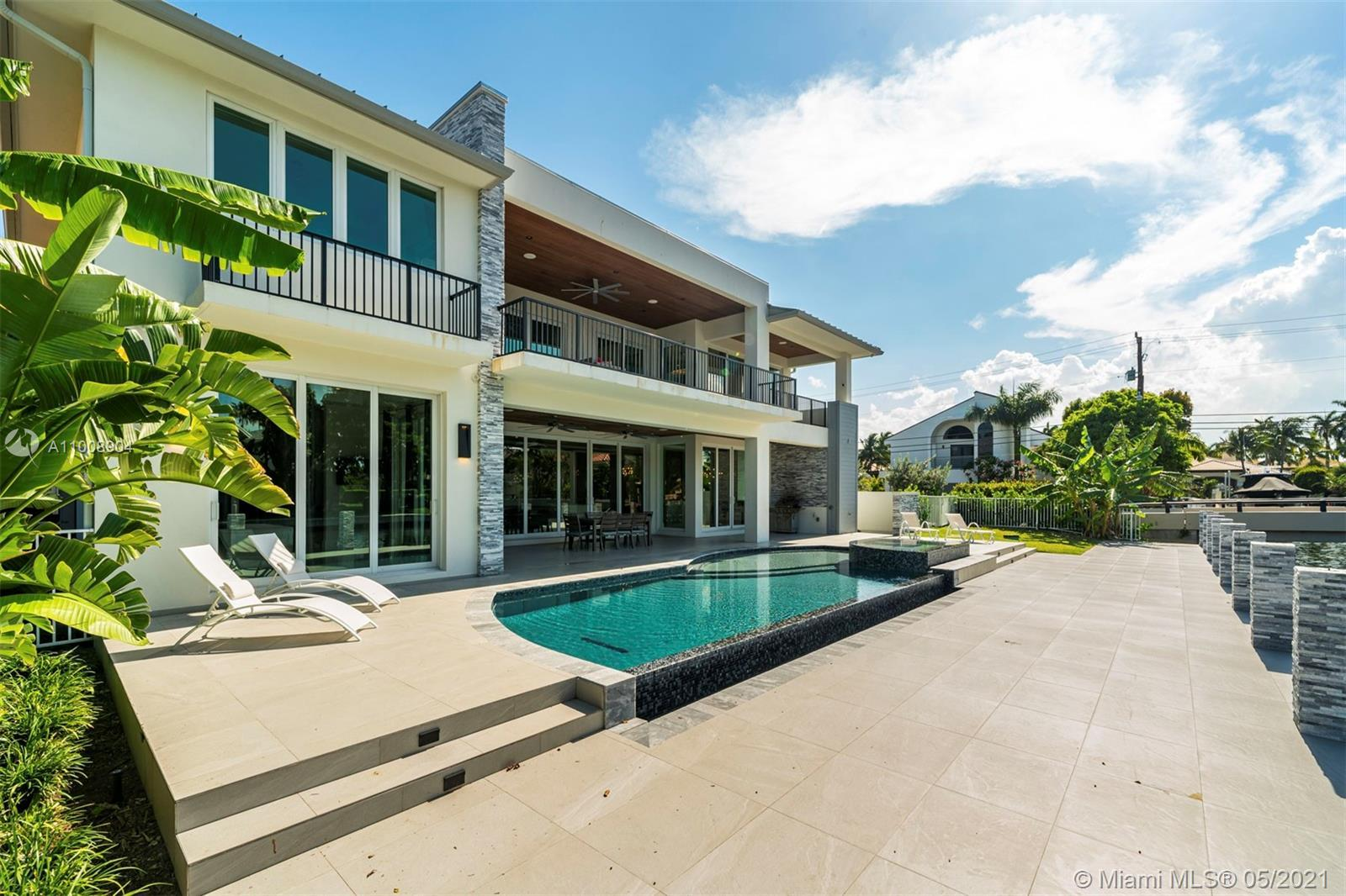 INCREDIBLE HOME IN ONE OF THE BEST NEIGHBORHOODS IN LAS OLAS, SEVEN ISLES. GORGEOUS OPEN & SPACIOUS