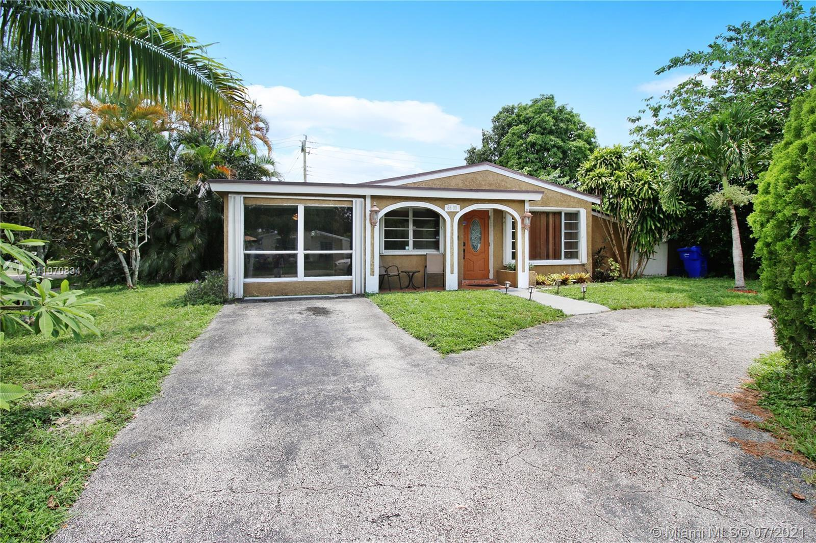 Location Location Location. Cozy 3/2 in the heart of Hollywood FL waiting for its new family. This h