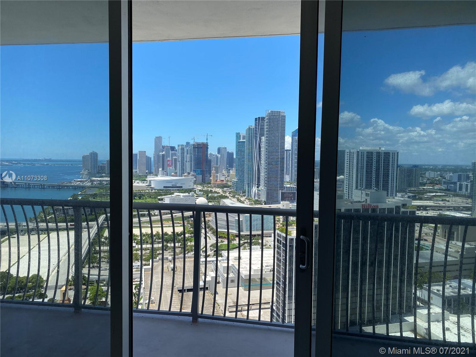 BRIGHT AND SPACIOUS 1BED/1BATH UNIT AT OPERA TOWER WITH GREAT VIEW OF DOWNTOWN AND PARTIAL BAY VIEWS