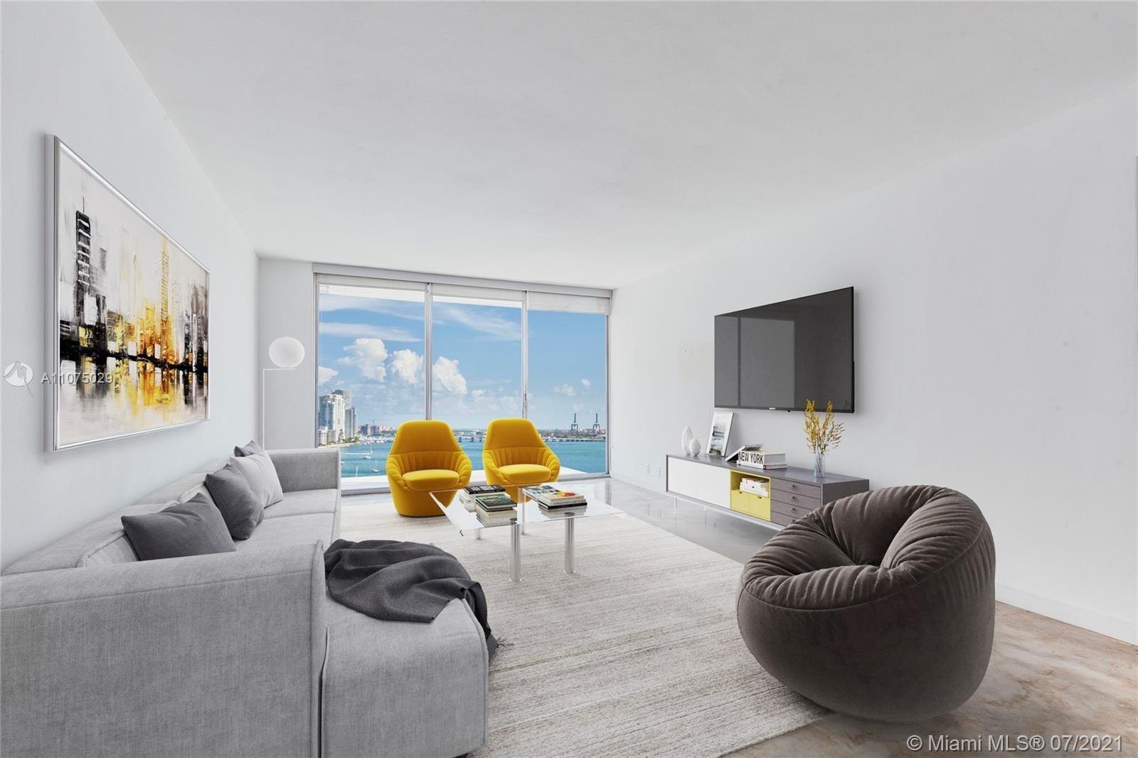 Updated, large 1-bedroom residence at Mirador South. Beautiful southwest views of Biscayne Bay and d