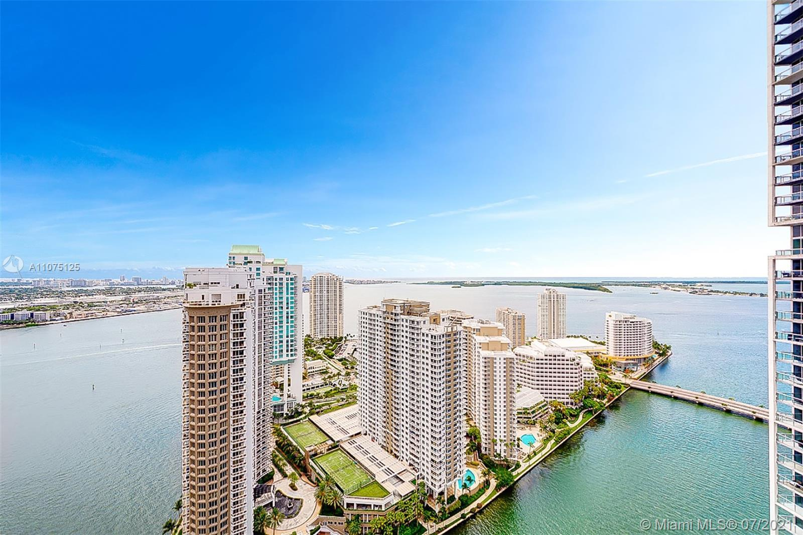 Amazing 2 Bed plus Den high above Brickell with views spanning from Sunny Isles to Key Biscayne. The