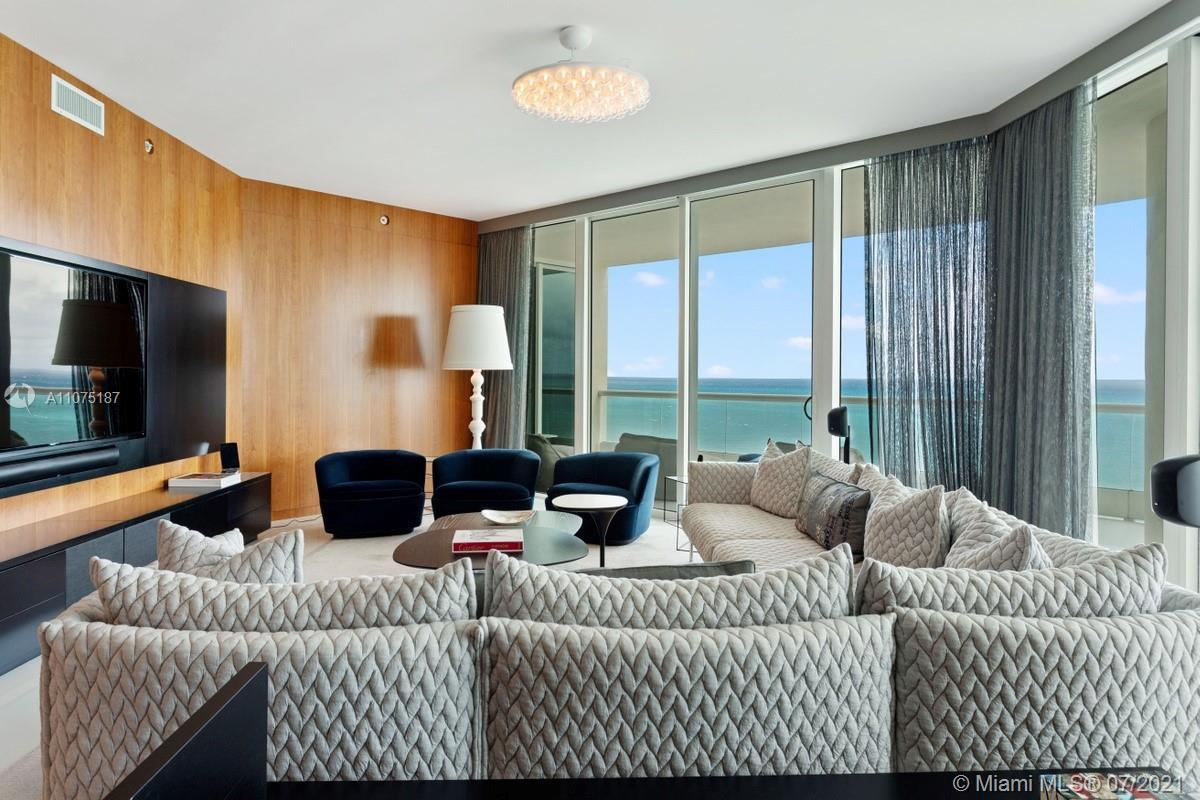 Turnberry Ocean Colony / Sunny Isles Beach / Corner unit with extraordinary ocean and Intracoastal v