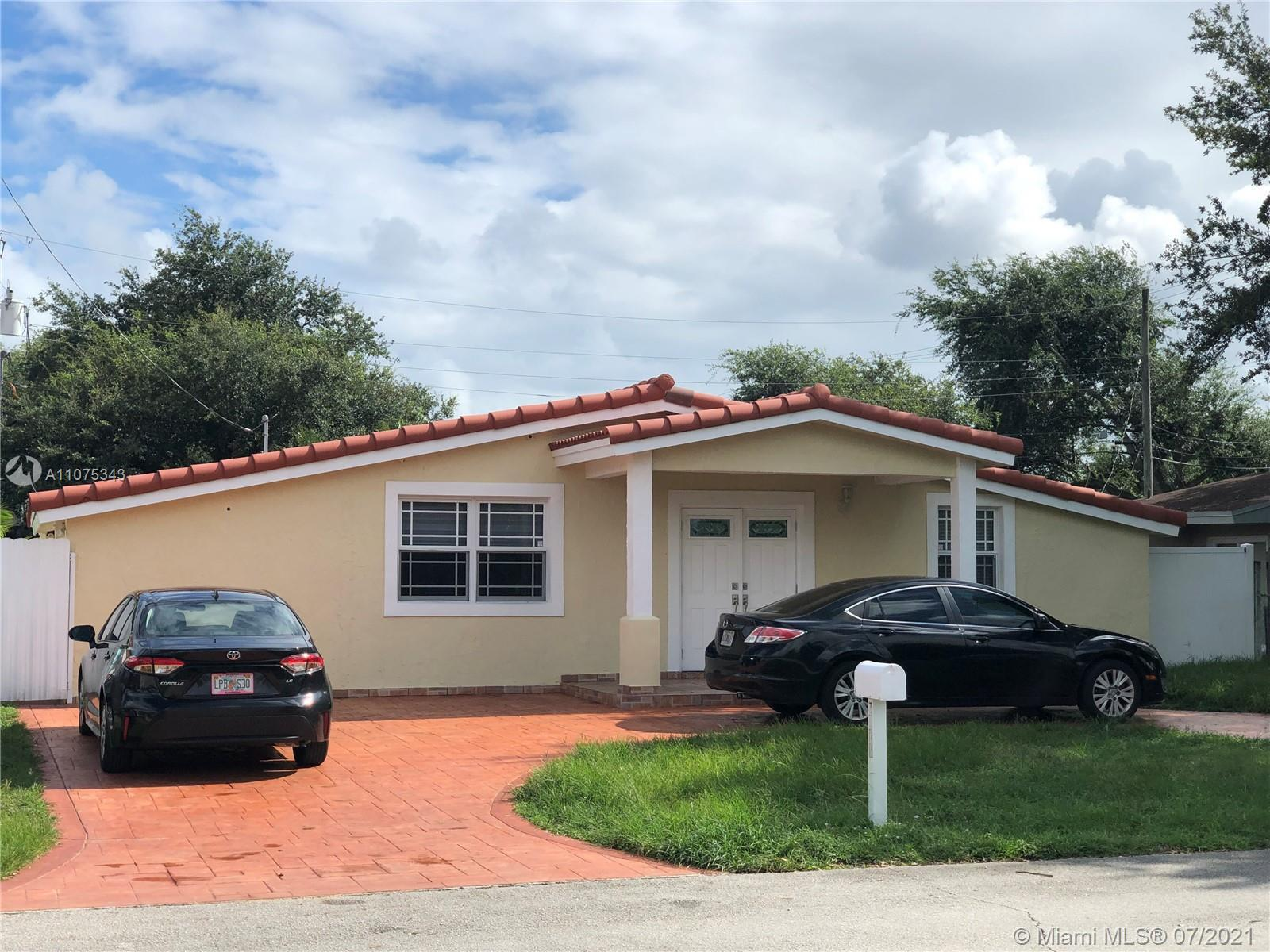 Great opportunity to make this property your sweet home. With Pool!!! Yes, It has a pool. Outside ba