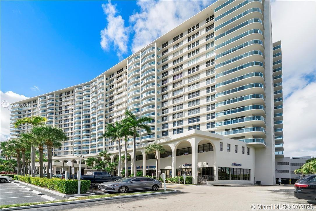 Nicely upgraded 2BED/2BATH apartment with beautiful Intracoastal View. New hurricane impact windows